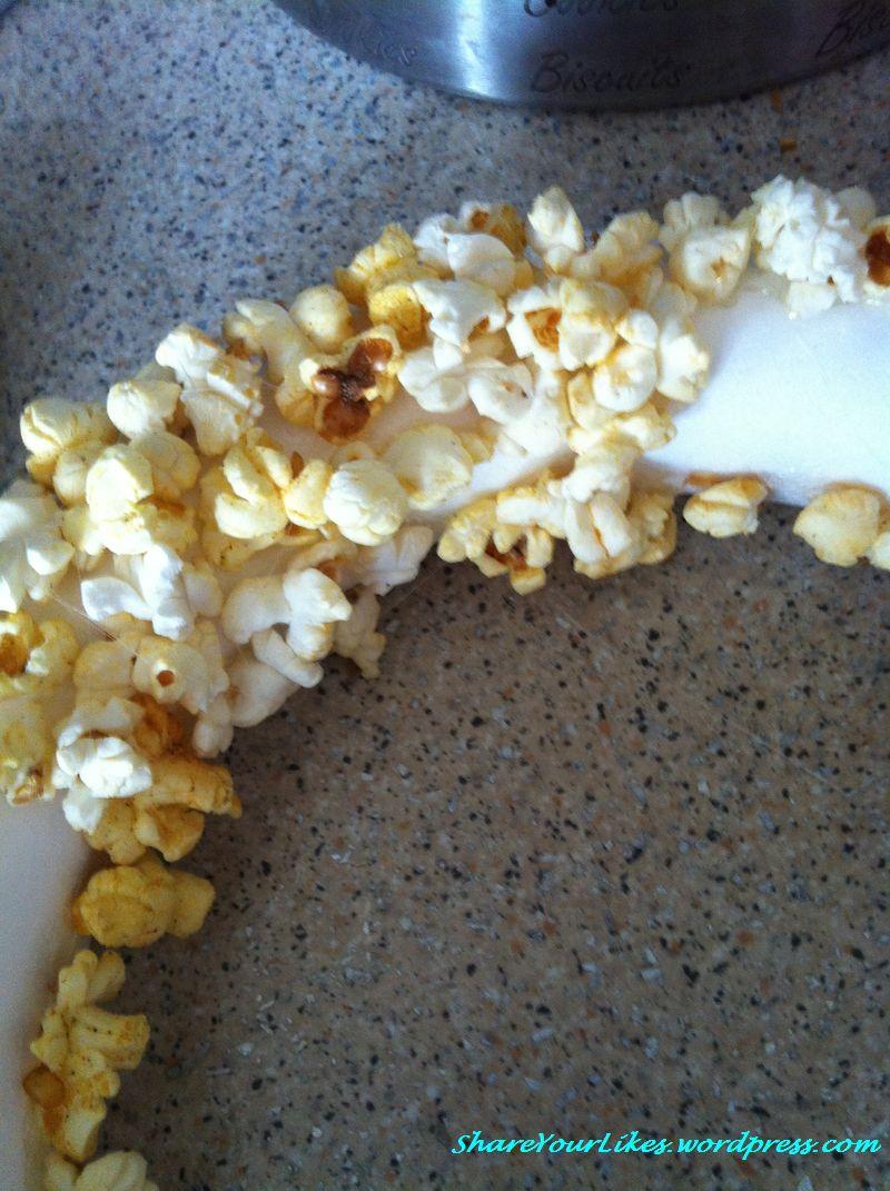 popcorn wreath2