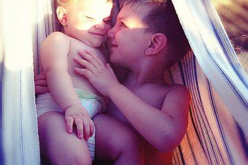 αγάπη αδερφική