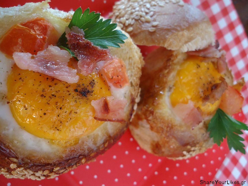 αυγα ψητά σε ψωμί