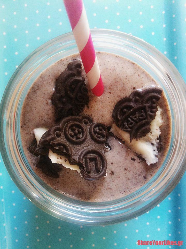 milkshake μπισκοτο και χωνάκι παγωτό