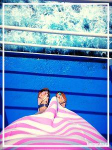 feet selfie_ship