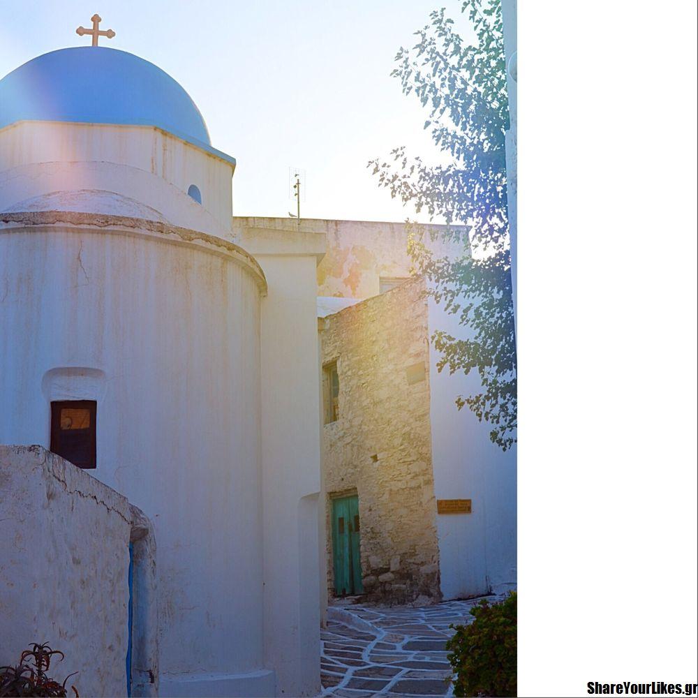 Leykes Paros Greece sokaki ekklisia