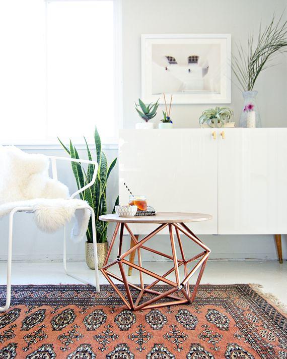via http://blog.homedepot.com/diy-side-table-copper-pipe-himmeli/