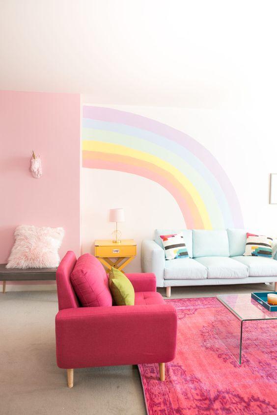 via http://mrkate.com/2017/04/13/diy-rainbow-mural-wall/